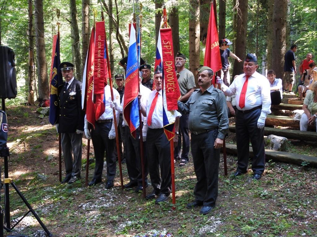 Spominska slovesnost ob 77. obletnici nemškega napada na Storžiški bataljon